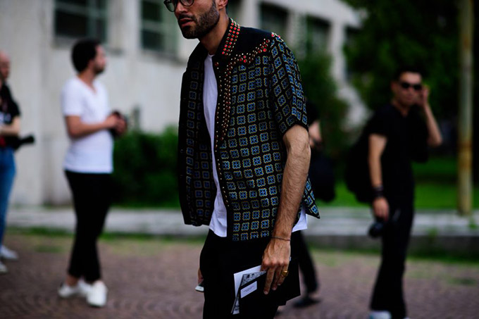 Le-21eme-Adam-Katz-Sinding-Luca-Imbimbo-Pitti-Imagine-Uomo-90-Florence-Italy-Mens-Fashion-Week-Spring-Summer-2017_AKS9277-900x600