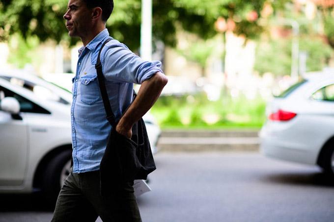 Le-21eme-Adam-Katz-Sinding-Markus-Ebner-Milan-Mens-Fashion-Week-Mens-Spring-Summer-2017_AKS1069-900x600