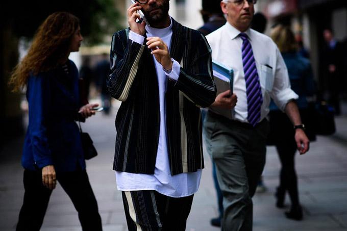 Le-21eme-Adam-Katz-Sinding-Angelo-Flaccavento-London-Fashion-Week-Spring-Summer-2017_AKS7259-900x600