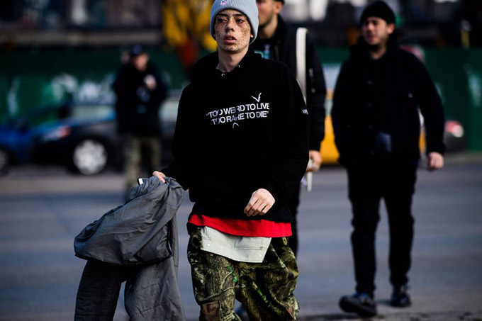 Le-21eme-Adam-Katz-Sinding-After-Yeezy-Season-5-New-York-Fashion-Week-Fall-Winter-2017-2018_AKS8703-900x600