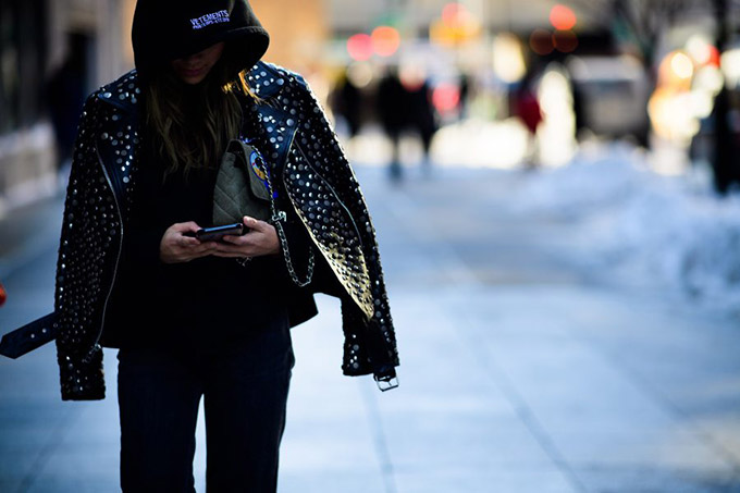 Le-21eme-Adam-Katz-Sinding-Washington-Street-New-York-Fashion-Week-Fall-Winter-2017-2018_AKS2658-900x600