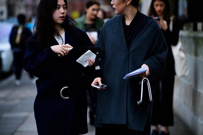 Le-21eme-Adam-Katz-Sinding-After-Anya-Hindmarch-London-Fashion-Week-Fall-Winter-2017-2018_AKS4897-900x600
