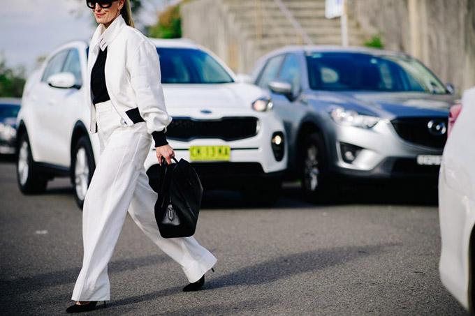 Le-21eme-Adam-Katz-Sinding-Before-Ten-Pieces-Mercedes-Benz-Fashion-Week-Australia-Resort-2018_AKS2906-900x600