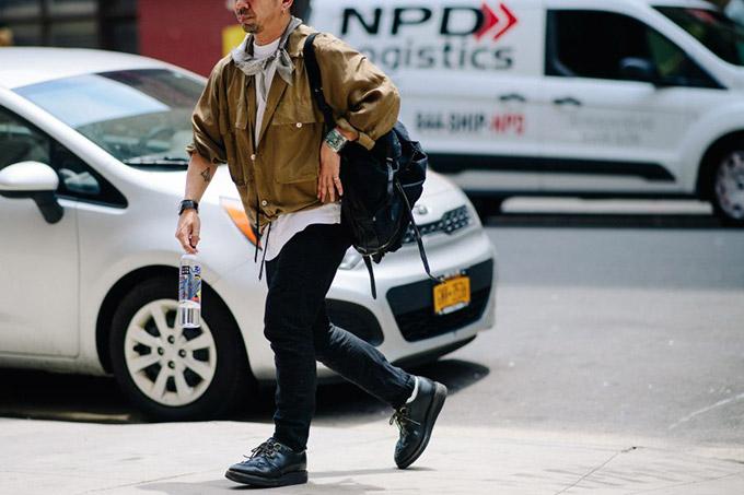 Le-21eme-Adam-Katz-Sinding-After-Gustav-Von-Aschenbach-New-York-Fashion-Week-Mens-Spring-Summer-2018_AKS2508-900x600
