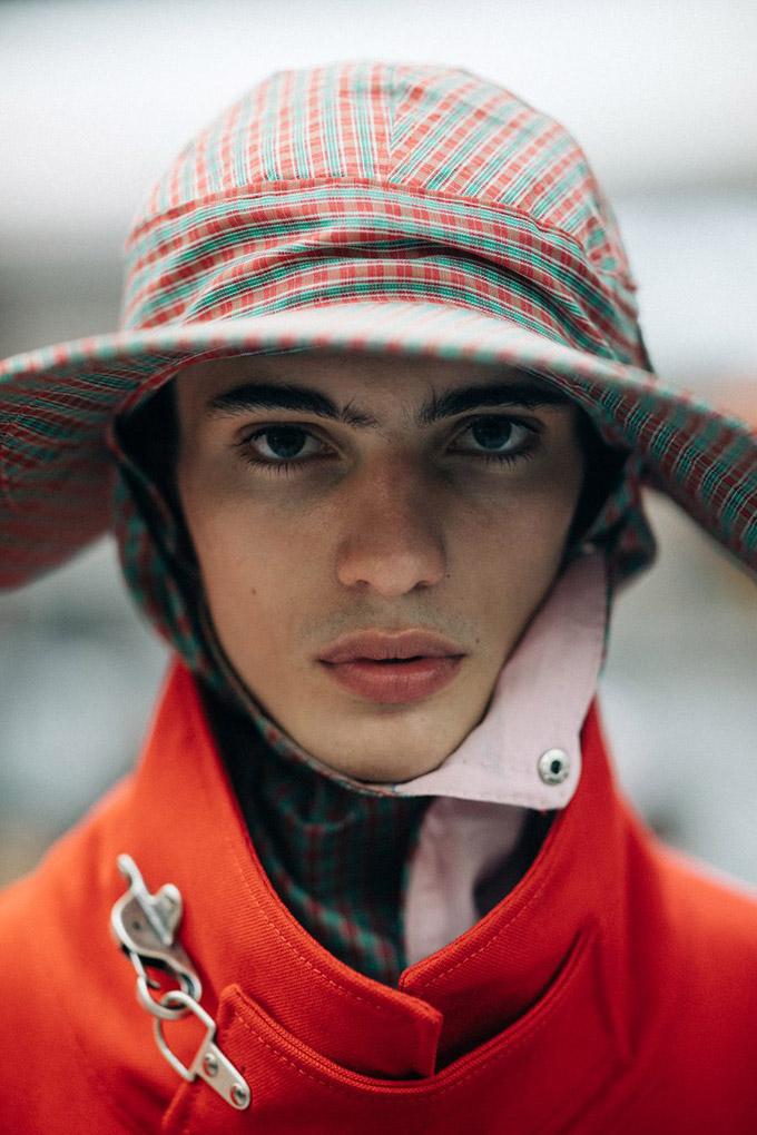 Le-21eme-Adam-Katz-Sinding-Backstage-Raf-Simons-New-York-Fashion-Week-Mens-Spring-Summer-2018_AKS5723-900x1350
