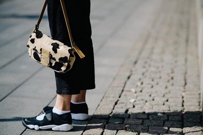 Le-21eme-Adam-Katz-Sinding-Grand-Hotel-Fashion-Week-Stockholm-Spring-Summer-2018_AKS3667-900x600