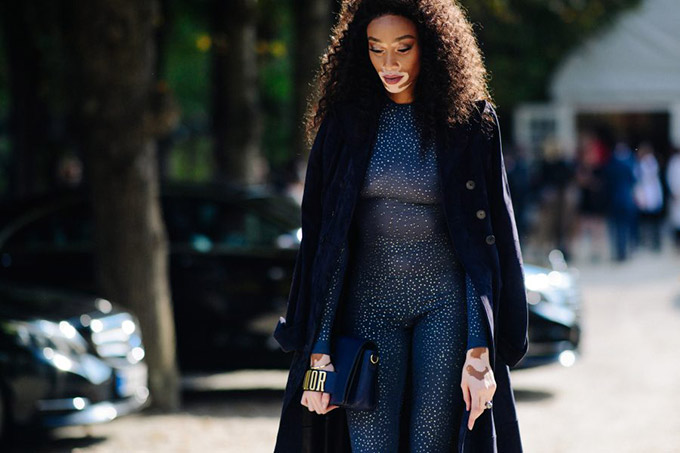 Le-21eme-Adam-Katz-Sinding-Winnie-Harlow-Paris-Fashion-Week-Spring-Summer-2018_AKS0805-900x600
