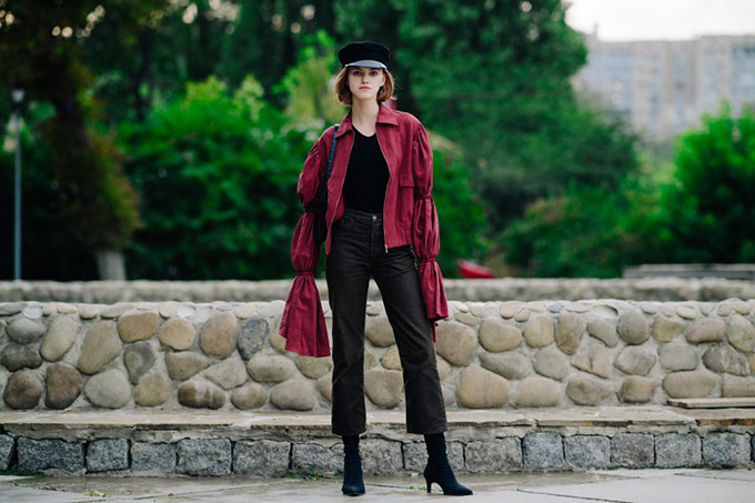 Le-21eme-Adam-Katz-Sinding-Mira-Marchuk-Ukrainian-Fashion-Week-Spring-Summer-2018_AKS6996-900x600
