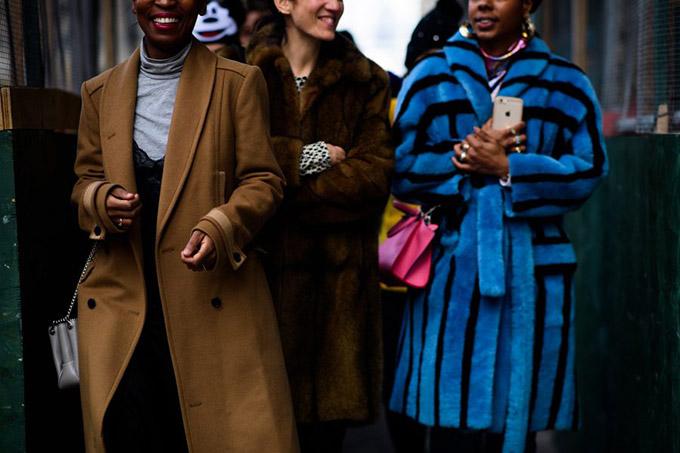 Le-21eme-Adam-Katz-Sinding-After-3-1-Phillip-Lim-New-York-Fashion-Week-Fall-Winter-2017-2018_AKS3060-900x600