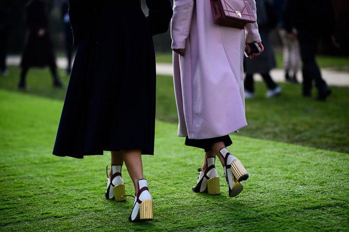 Le-21eme-Adam-Katz-Sinding-Before-Christian-Dior-Paris-Haute-Couture-Fashion-Week-Spring-Summer-2017_AKS4166-900x600