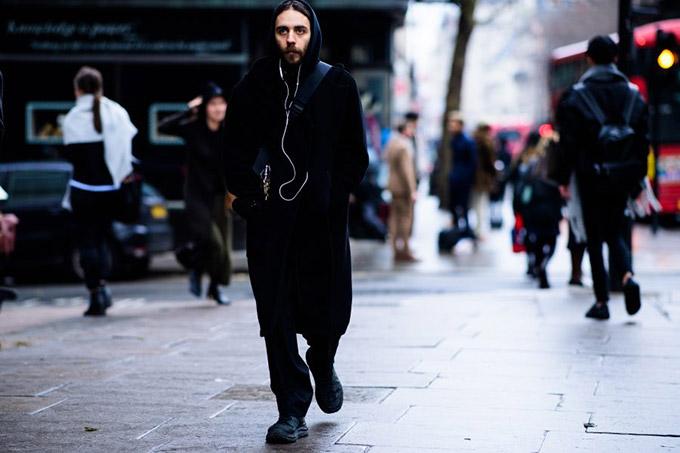 Le-21eme-Adam-Katz-Sinding-Kiko-Kostadinov-London-Fashion-Week-Mens-Fall-Winter-2017-2018_AKS6134-900x600