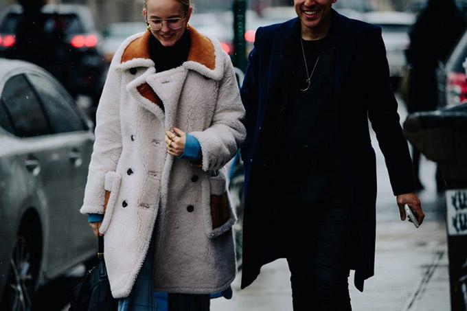 Le-21eme-Adam-Katz-Sinding-Before-Eckhaus-Latta-New-York-Fashion-Week-Fall-Winter-2018-2019_AKS3641-900x600