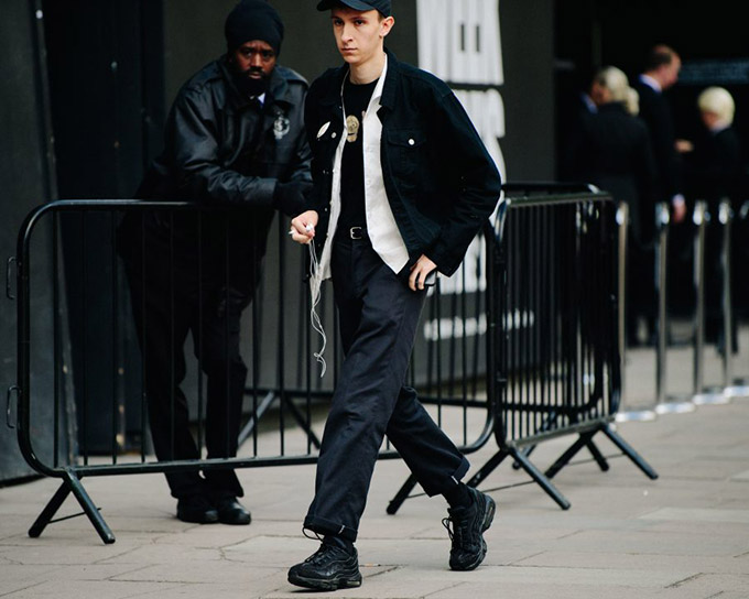 Le-21eme-Adam-Katz-Sinding-The-Strand-London-Fashion-Week-Mens-Spring-Summer-2019_AKS2201-900x720