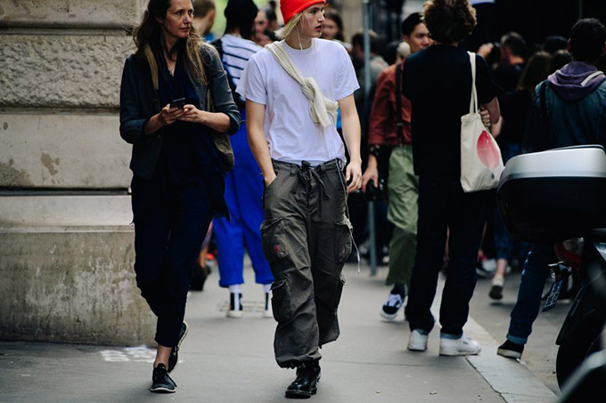 Le-21eme-Adam-Katz-Sinding-After-Comme-des-Garcons-Paris-Fashion-Week-Mens-Spring-Summer-2019_AKS5892-900x600