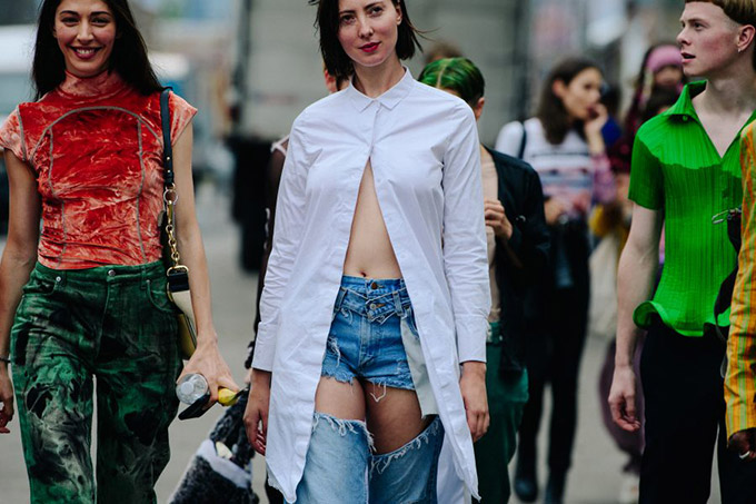 Adam-Katz-Sinding-After-Eckhaus-Latta-New-York-Fashion-Week-Spring-Summer-2019_AKS3173-900x600