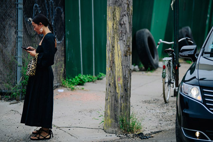 Adam-Katz-Sinding-Rachael-Wang-New-York-Fashion-Week-Spring-Summer-2019_AKS2060-900x600