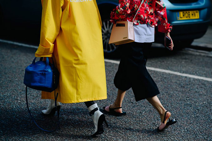 Le-21eme-Adam-Katz-Sinding-After-Simone-Rocha-London-Fashion-Week-Spring-Summer-2018_AKS7520-900x600