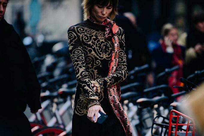 Adam-Katz-Sinding-Anya-Ziourova-Milan-Fashion-Week-Fall-Winter-2019-2020_AKS6265-900x600