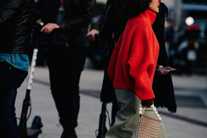 Adam-Katz-Sinding-Before-Alberta-Ferretti-Milan-Fashion-Week-Fall-Winter-2019-2020_AKS5484-900x600
