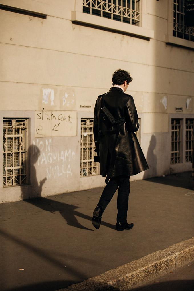 Milan-AW19-vogueint-Jan19-JonathanDanielPryce_A_43