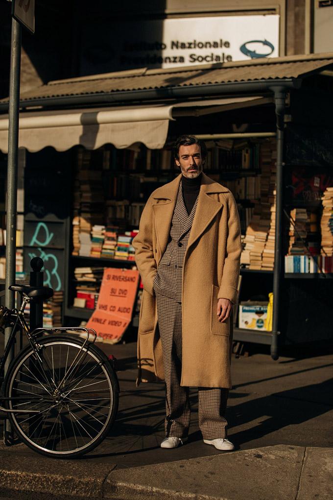 Milan-AW19-vogueint-Jan19-JonathanDanielPryce_B_23
