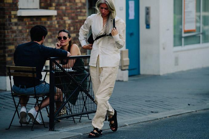 Adam-Katz-Sinding-Sarah-Harris-Paris-Fashion-Week-Haute-Couture-Fall-Winter-2019-2020_AKS6358-900x600