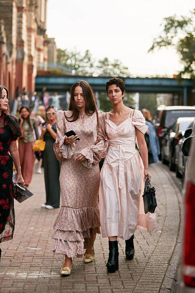 london-fashion-week-street-style-spring-2020-282504-1568759024859-image.500x0c