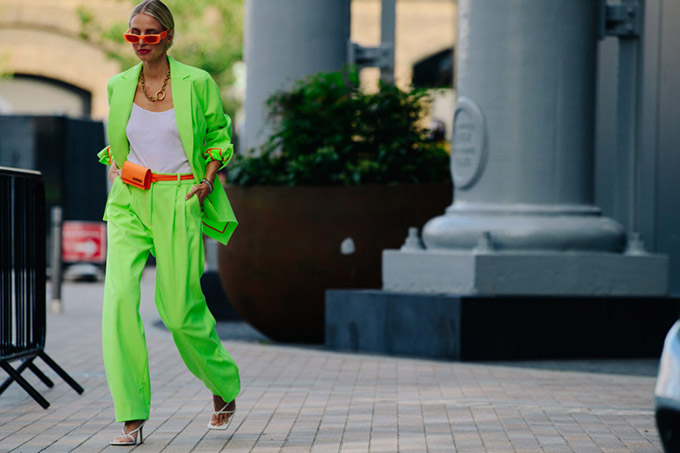 Adam-Katz-Sinding-Leonie-Hanne-London-Fashion-Week-Spring-Summer-2020_AKS4945-900x600