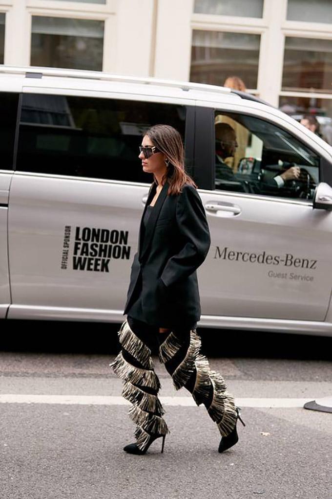 london-fashion-week-street-style-spring-2020-282504-1568759013137-image.500x0c