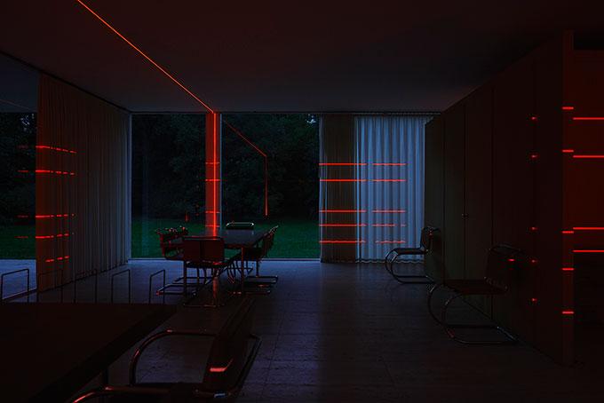 006-Web-Res-Luftwerk-Mas-Context-Geometry-of-Light-Farnsworth-Kate-Joyce