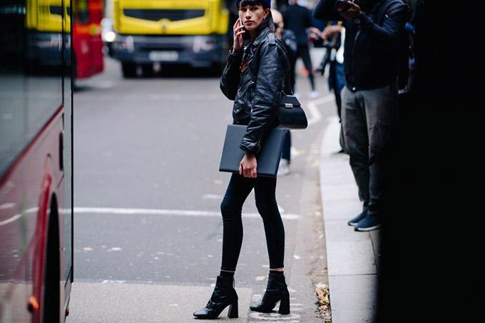 Le-21eme-Adam-Katz-Sinding-The-Strand-London-Fashion-Week-Spring-Summer-2018_AKS4518-900x600