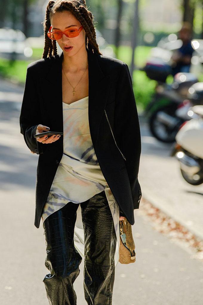 milan-fashion-week-mfw-street-style-ss20-day-4-5-by-tyler-joe-005-1569423419