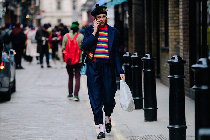 Le-21eme-Adam-Katz-Sinding-Edie-Campbell-London-Fashion-Week-Fall-Winter-2018-2019_AKS2188-900x600