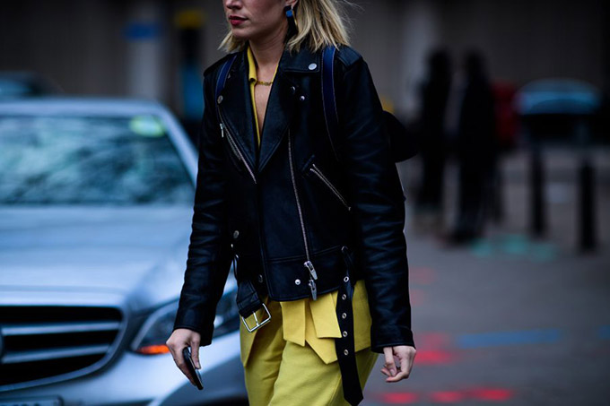 Le-21eme-Adam-Katz-Sinding-Carmen-Hamilton-London-Fashion-Week-Fall-Winter-2017-2018_AKS6684-900x600