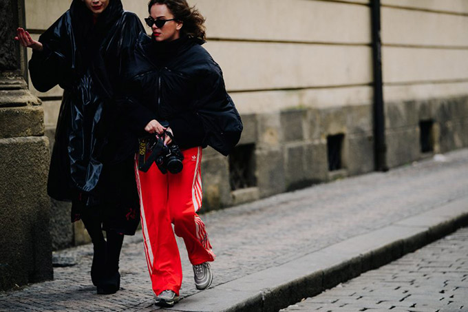 Le-21eme-Adam-Katz-Sinding-Clam-Gallasuv-palac-Mercedes-Benz-Prague-Fashion-Week-Fall-Winter-2018-2019_AKS4661-900x600