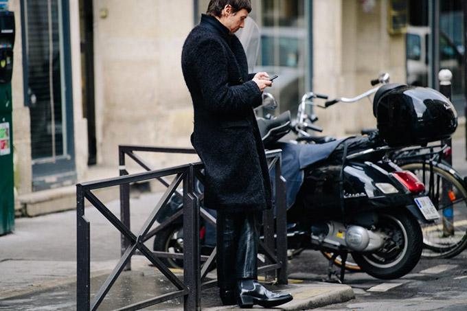 Le-21eme-Adam-Katz-Sinding-After-Olivier-Theyskens-Paris-Fashion-Week-Fall-Winter-2018-2019_AKS2466-900x600